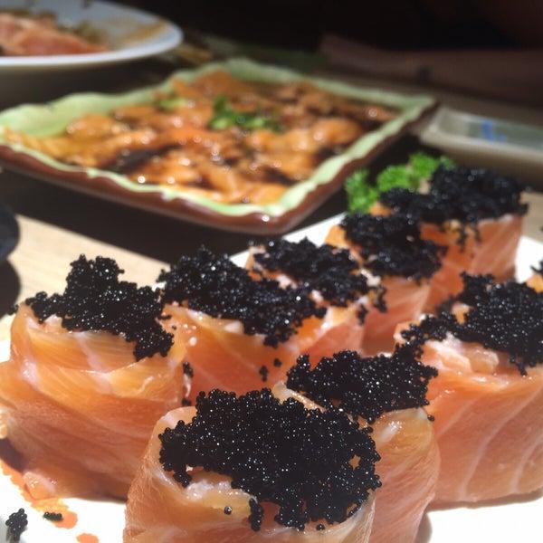 Photo taken at Joy Sushi by Carlos Didier S. on 8/20/2015