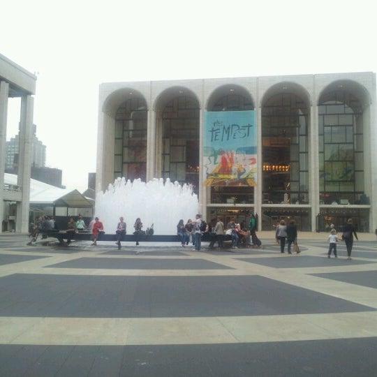 10/4/2012にJudith T.がLincoln Center for the Performing Artsで撮った写真