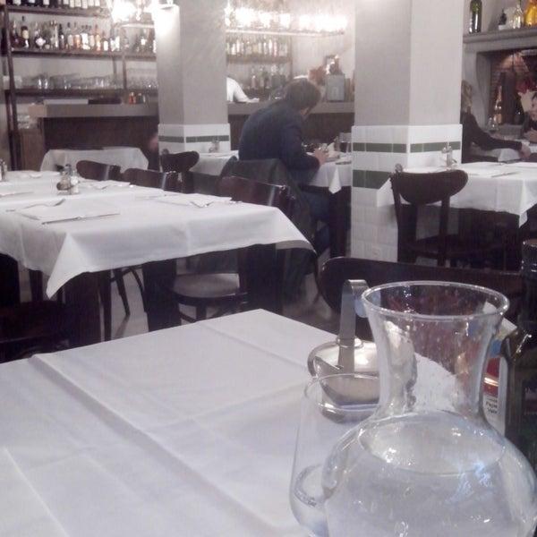 Foto scattata a Trattoria Pizzeria Galleria da Rafael R. il 1/3/2014