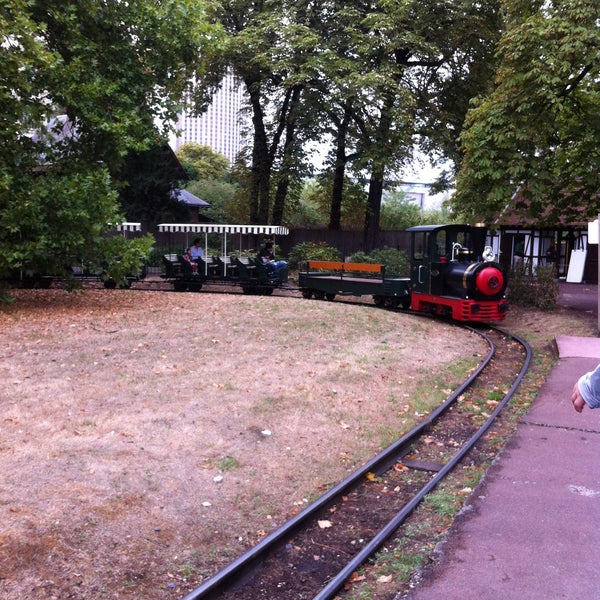 Petit train du jardin d 39 acclimatation passy paris le for Jardin d acclimatation