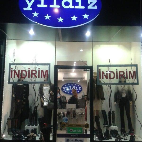 1/21/2014 tarihinde Yildiz B.ziyaretçi tarafından yıldız  butik'de çekilen fotoğraf