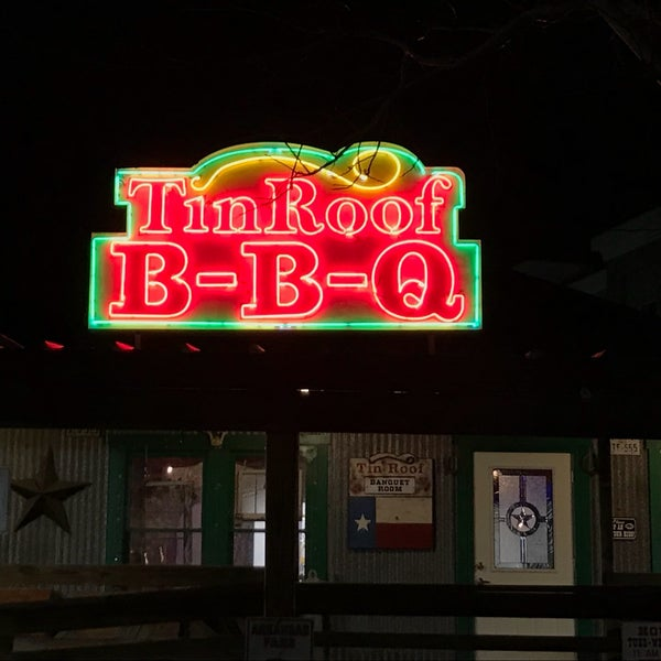 Tin Roof Bbq Bbq Joint In Atascocita Town Center