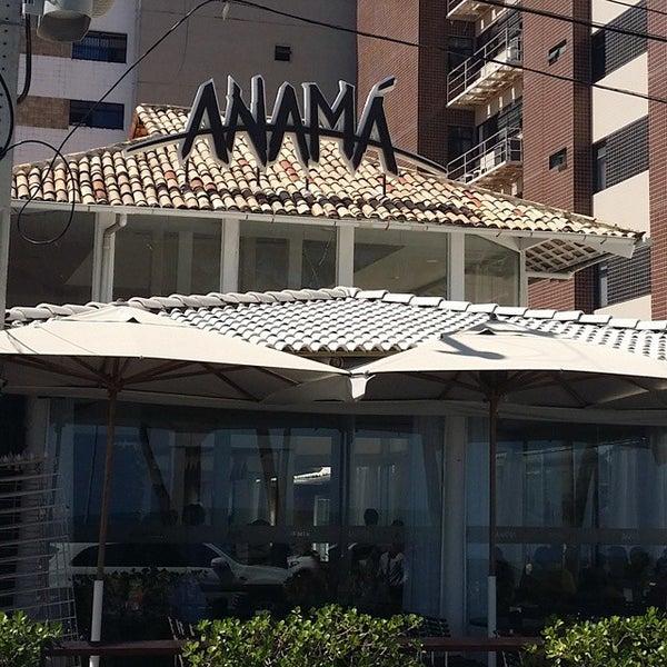 Foto tirada no(a) Anamá Restaurante por Paula B. em 4/6/2015