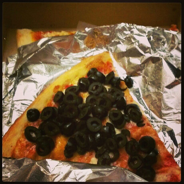 Photo taken at 99¢ Fresh Pizza by Jamie on 2/15/2013