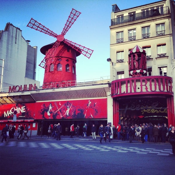 Photo taken at Moulin Rouge by Simón P. on 1/1/2013