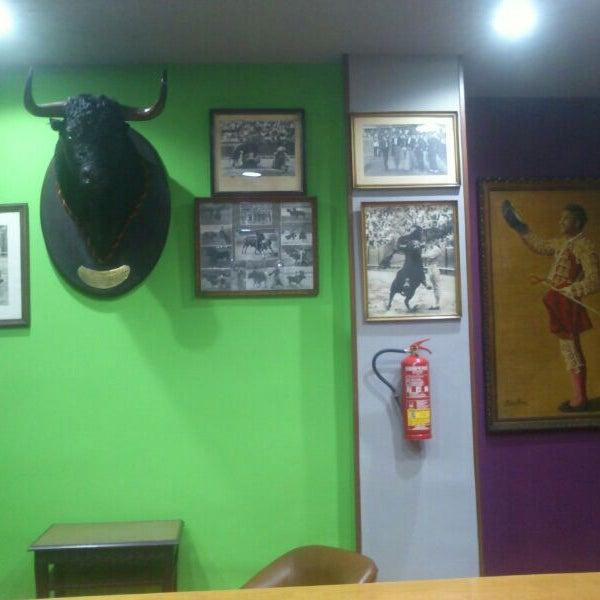 Foto tomada en Bar Taurino Tematico por Julian N. el 12/30/2013