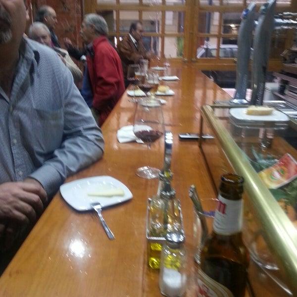 Foto tomada en Bar Taurino Tematico por Julian N. el 1/13/2014