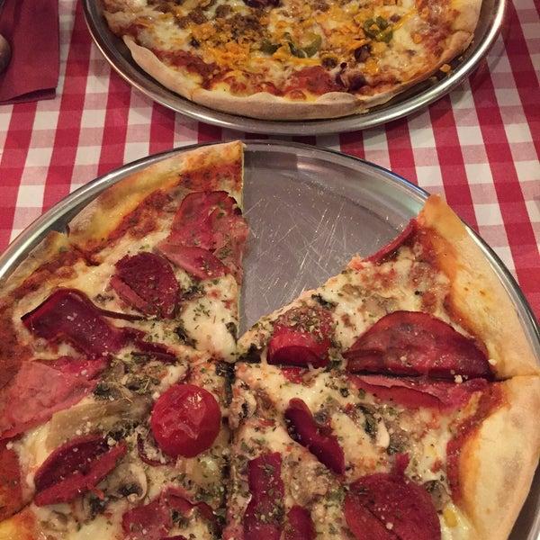 Italian Pizza Kitchen: Pizza Place In Bahçelievler