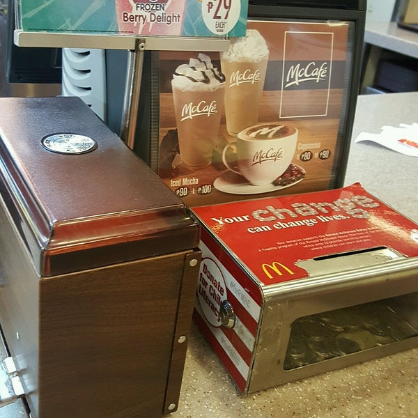 Photo taken at McDonald's by Bobbi H. on 1/22/2017