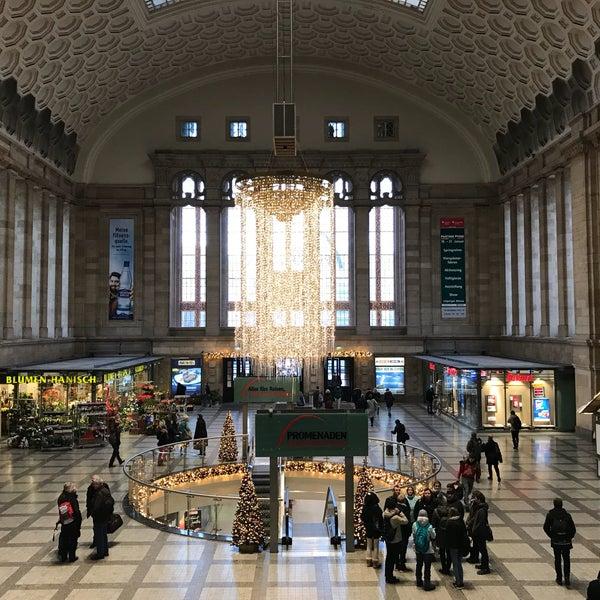 Das Foto wurde bei Promenaden Hauptbahnhof Leipzig von David L. am 12/14/2017 aufgenommen