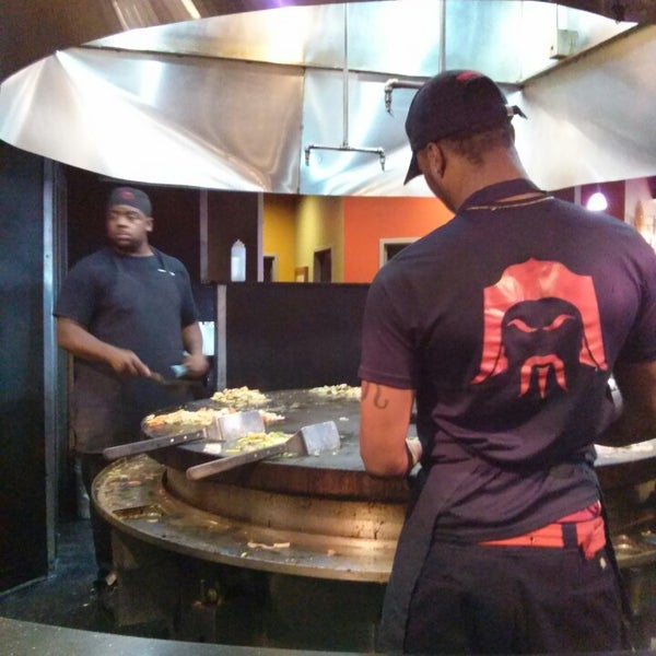 Photo taken at HuHot Mongolian Grill by Darcella C. on 3/29/2014