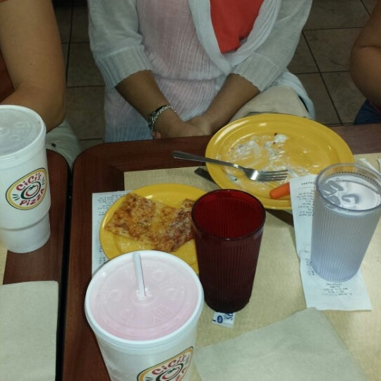 Photo taken at Cicis by Str8Giggles V. on 8/21/2014