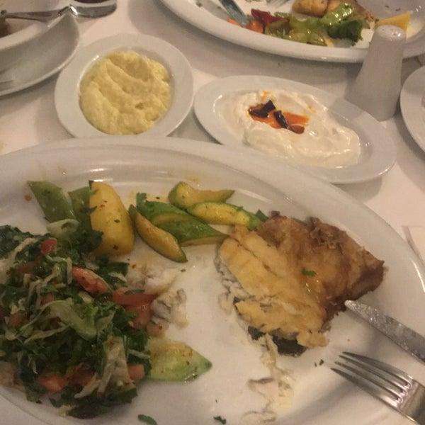 7/24/2018 tarihinde Gökhan B.ziyaretçi tarafından Akıntı Burnu Restaurant'de çekilen fotoğraf