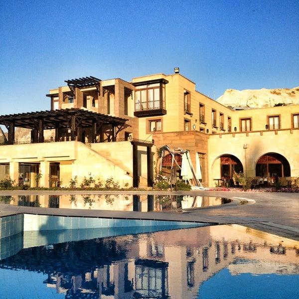 7/6/2013 tarihinde Ghimziyaretçi tarafından Tourist Hotels & Resorts Cappadocia'de çekilen fotoğraf