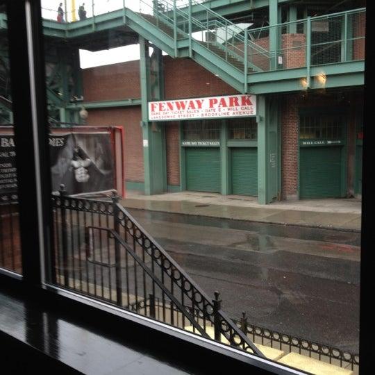 Photo taken at Cask 'n Flagon by Brad T. on 9/28/2012