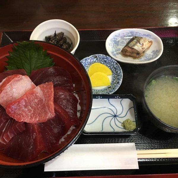 10/9/2017にHachikaoruが魚喰いの 大間んぞくで撮った写真