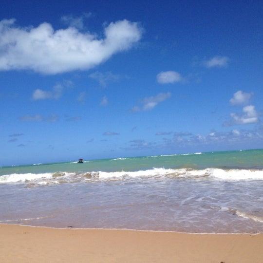 รูปภาพถ่ายที่ Praia de Guaxuma โดย Eva M. เมื่อ 10/15/2012