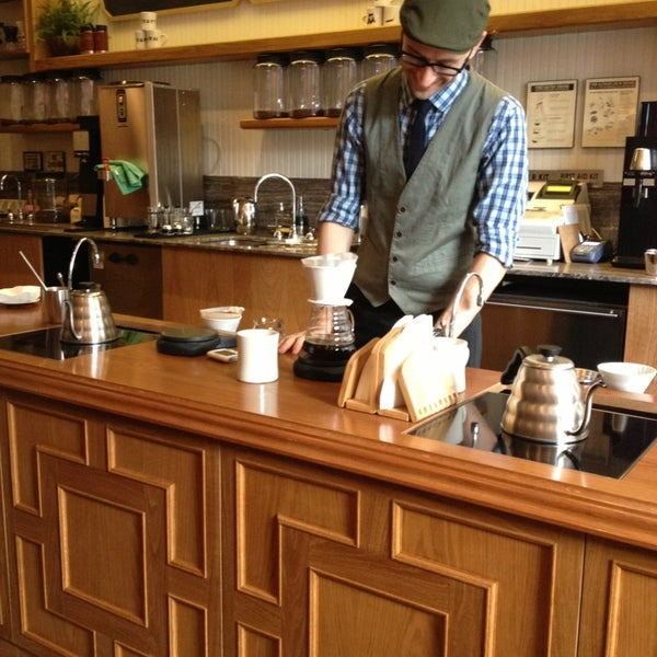 Photo taken at Stumptown Coffee Roasters by Daniel V. on 8/29/2013