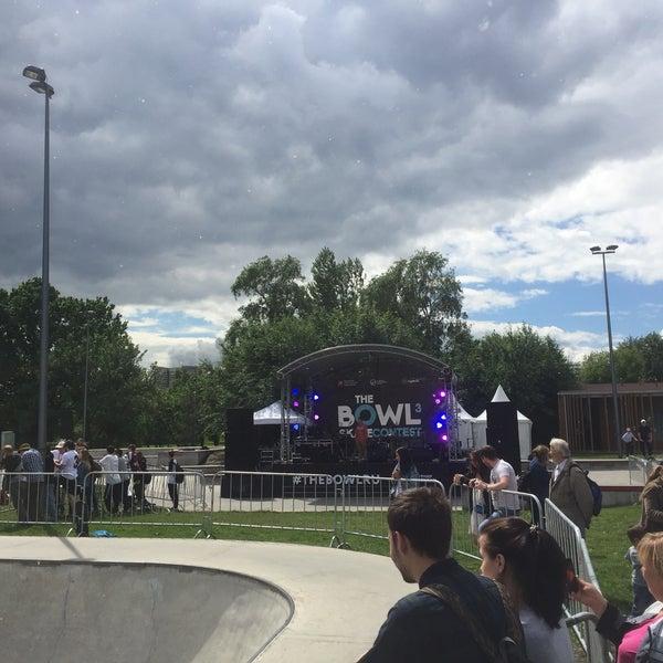 Das Foto wurde bei Скейт-парк «Садовники» von Andrey Z. am 6/17/2017 aufgenommen