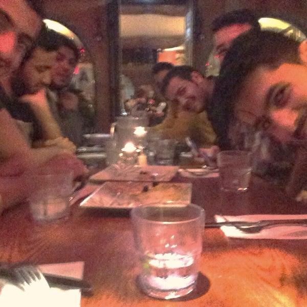 2/9/2014にMA's 🇺🇸がSoltan Banooで撮った写真