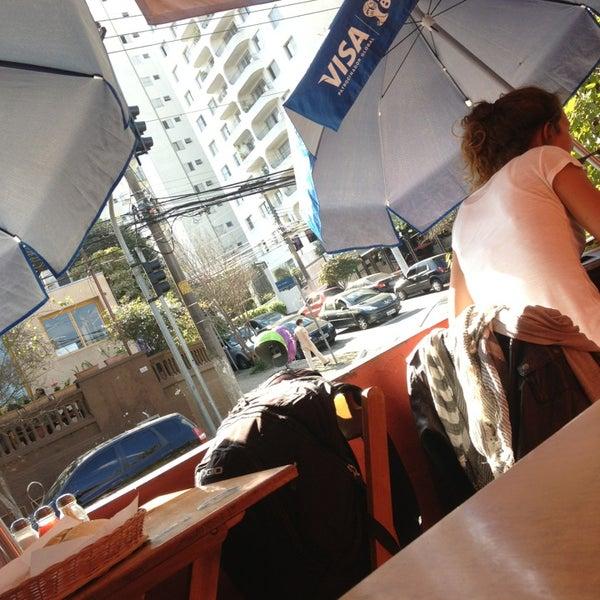 Foto tirada no(a) Bar do Betinho por Cadu B. em 7/12/2013