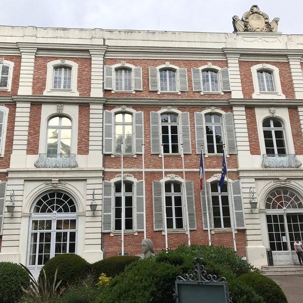 Palais consulaire chambre de commerce et d 39 industrie de toulouse government building in - Chambre du commerce toulouse ...