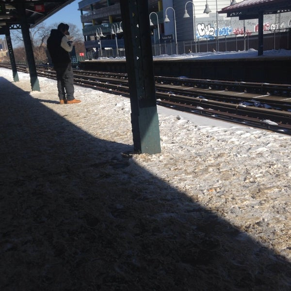 Photo taken at MTA Subway - Fordham Rd (4) by Gissel E. on 1/3/2014