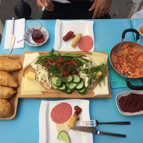 6/11/2017 tarihinde Gonca D.ziyaretçi tarafından Otlangaç Kahvaltı & Kafe'de çekilen fotoğraf