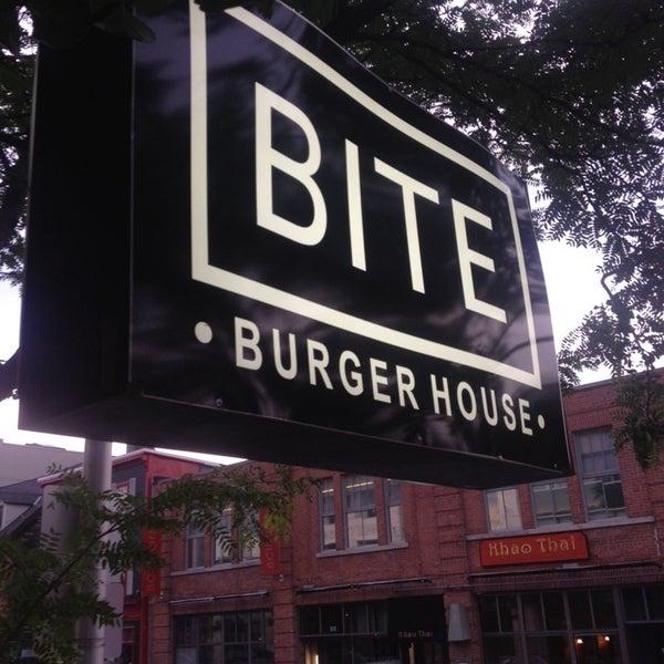 Foto diambil di Bite Burger House oleh Melan C. pada 7/19/2014