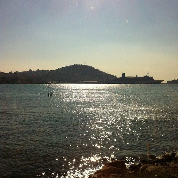 10/13/2013 tarihinde Rukiye O.ziyaretçi tarafından Cafe Marin'de çekilen fotoğraf