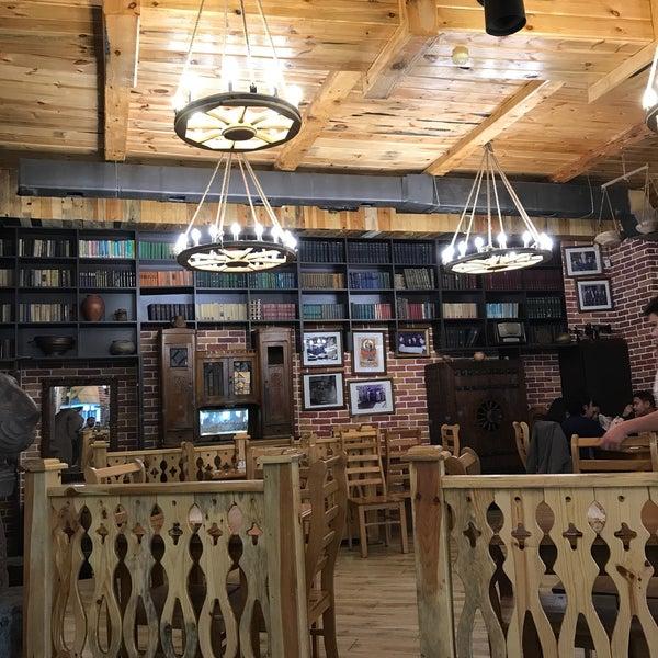 Снимок сделан в Old Erivan Restaurant Complex пользователем Selim G. 5/23/2017