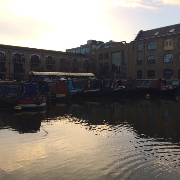 Photo taken at London Canal Museum by Leticia C. on 12/19/2013