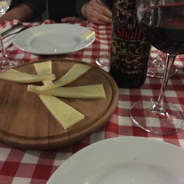 Leziz yemeklerinin yanında, şarap menüsü de çok geliştirmişler