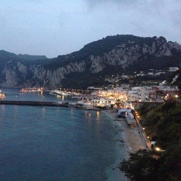 Foto scattata a JK Place Capri da Meltem A. il 9/21/2014
