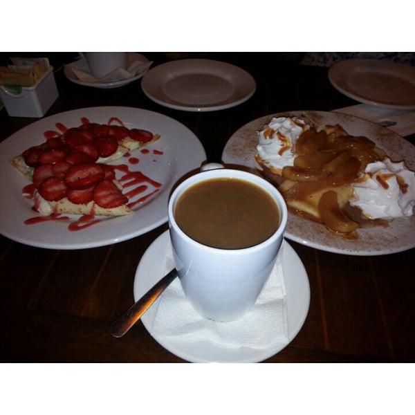 Foto tomada en Rico's Café Zona Dorada por Caro L. el 8/4/2014