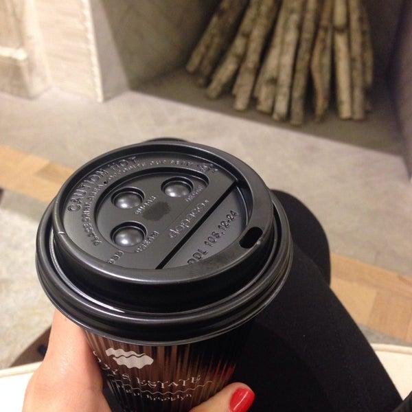Foto scattata a Toby's Estate Coffee da Criscris D. il 11/15/2013