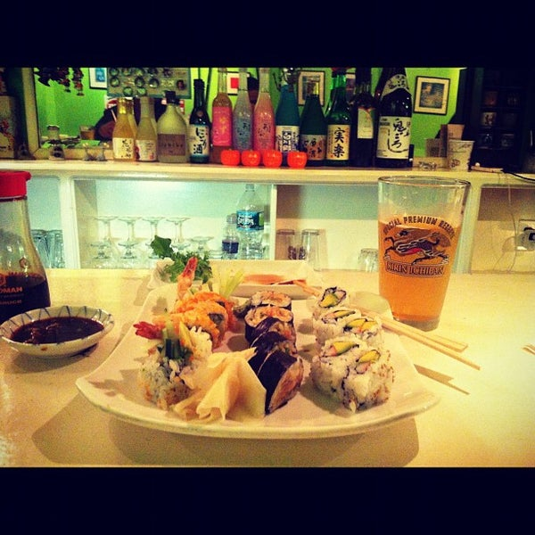 Photo taken at Noodle Cafe Zen by Marvin M. on 10/20/2012