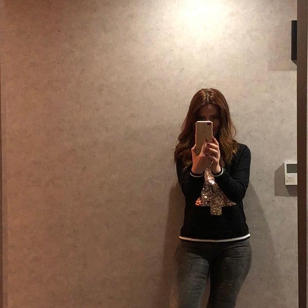 2/17/2018 tarihinde Aysem B.ziyaretçi tarafından The Black Otel'de çekilen fotoğraf