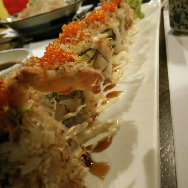 Photo taken at Hyotan Japanese Restaurant by Ck T. on 1/10/2015