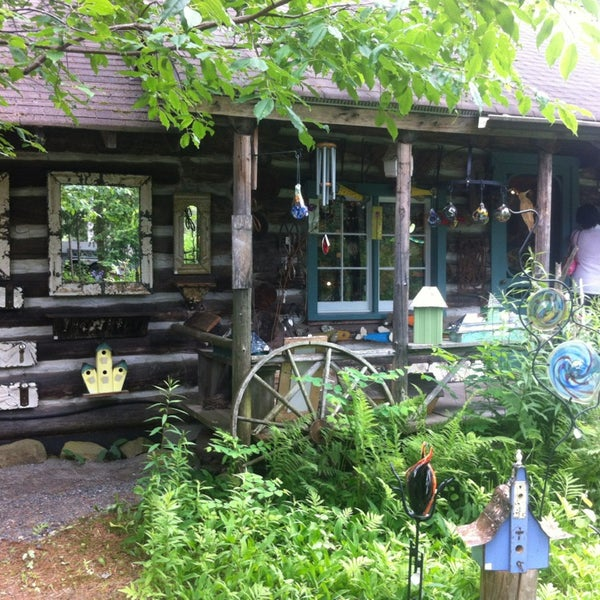 Photo taken at Oxtongue Craft Cabin by Mike B. on 7/2/2013
