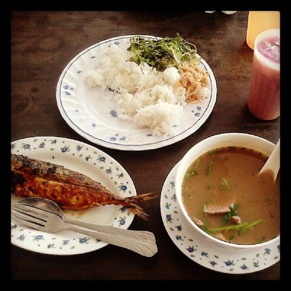 Photo taken at Restoran D'Warisan by Petr S. on 6/12/2014