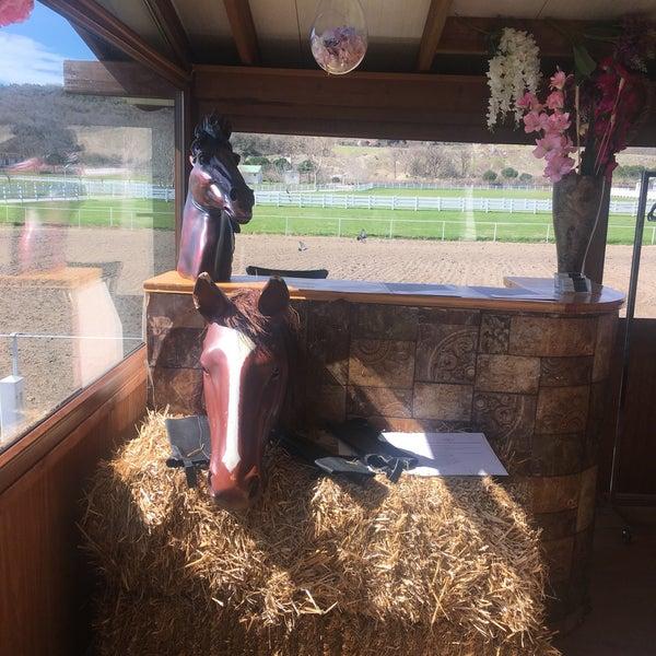 3/20/2018 tarihinde Sahin E.ziyaretçi tarafından Olimpos At Çiftliği'de çekilen fotoğraf