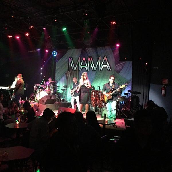 Club nocturno tailandés mamada