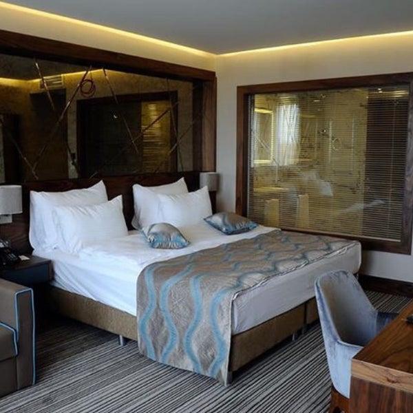 4/22/2016 tarihinde Yasemin G.ziyaretçi tarafından Hotel Artur'de çekilen fotoğraf