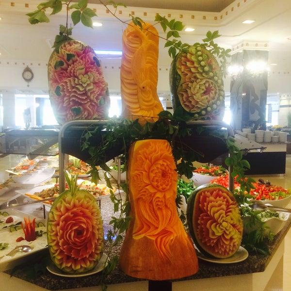 7/22/2016 tarihinde Ümran K.ziyaretçi tarafından Sah İnn Restaurant'de çekilen fotoğraf
