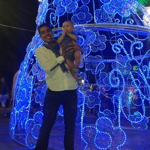 Photo taken at Parque Las Palmas by Fabian Hernando T. on 12/27/2013