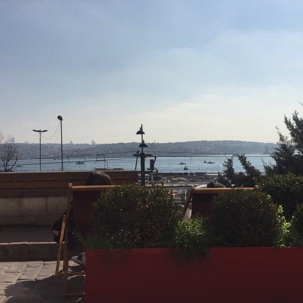 2/18/2018 tarihinde Pınar T.ziyaretçi tarafından Setup'de çekilen fotoğraf