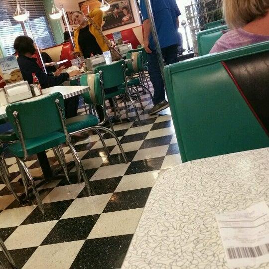 Photo taken at Hub City Diner by Matt on 10/25/2016