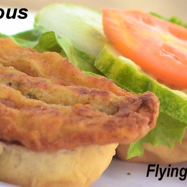 Photo prise au Mr. Delicious Snack Bar par Mr. Delicious Snack Bar le11/23/2013