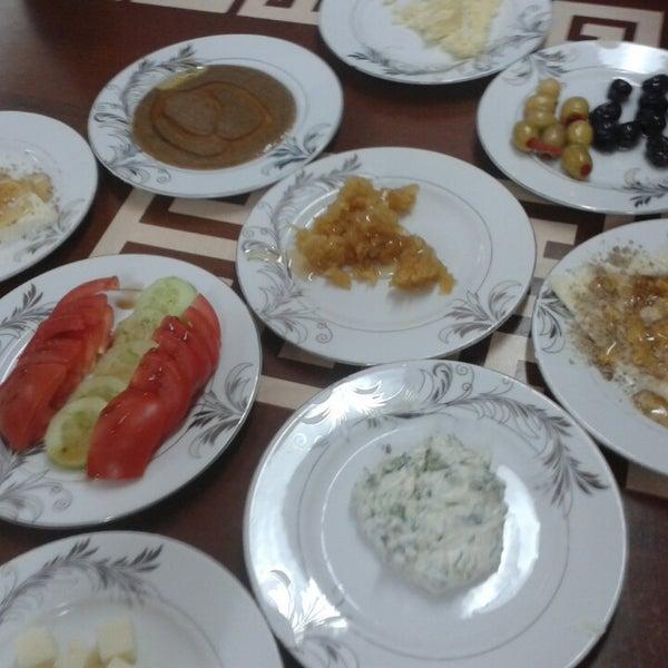 4/26/2014 tarihinde Mehtap K.ziyaretçi tarafından Yeni İmsak Kahvaltı Salonu'de çekilen fotoğraf